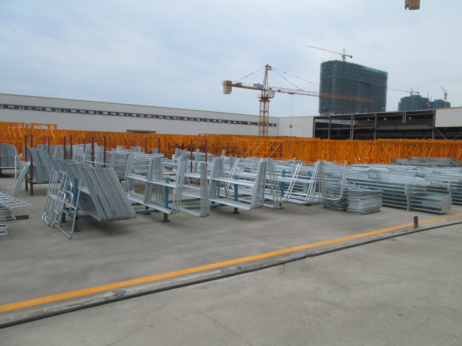 Finished products hot-dip galvanizing area