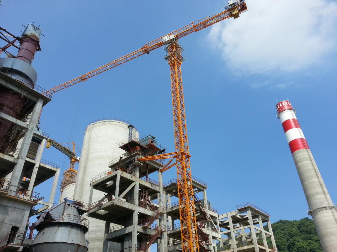 zhongtian flat tower crane on the construction of Large industrial and mining