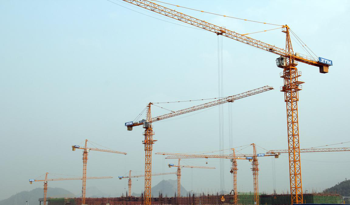 zhongtian tower cranes working scene